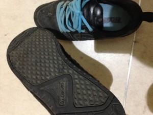 フラットソールな靴